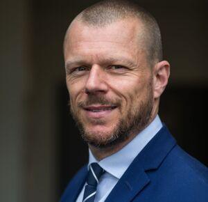 Mr Gavin Barnett